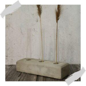 Plantstekset beton groendecoratie